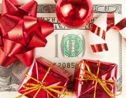 Holiday-saving money tips